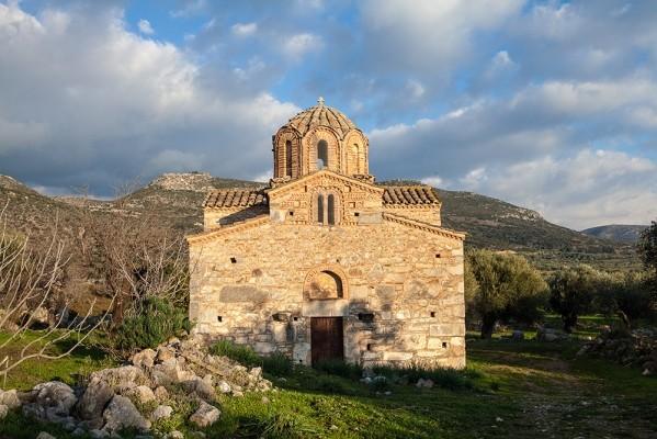 Ναός 13ου αιώνα. Άγιος Σώζων