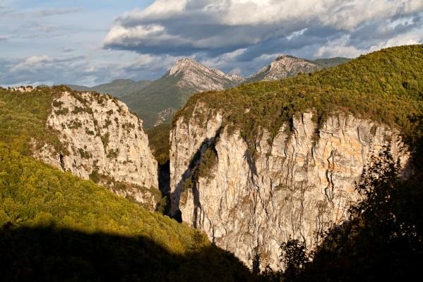 Το Φαράγγι Βικάκι δεν είναι καθόλου μικρό ή ταπεινό.