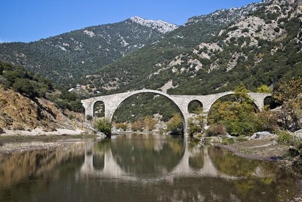 Τρίτοξο γεφύρι του Κομψάτου ποταμού