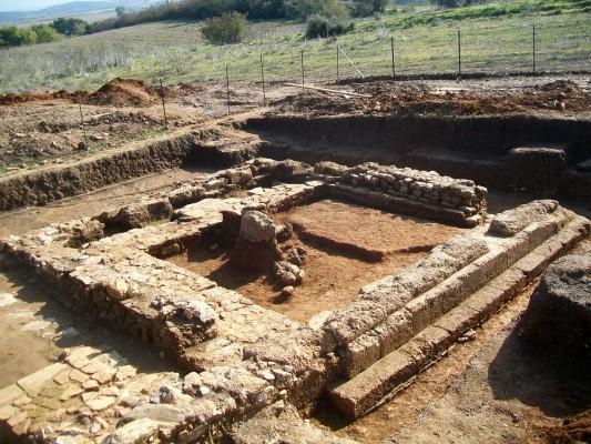 Ανασκαφή 2010, χώρος Λ, Ηρώον.
