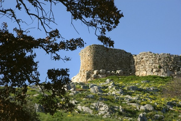 Τείχος Δυμαίων