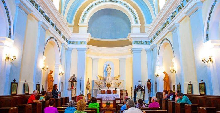 Στην Τήνο των Καθολικών