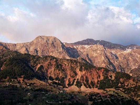 Οι κορυφές Λιάκουρα και Φτέρη