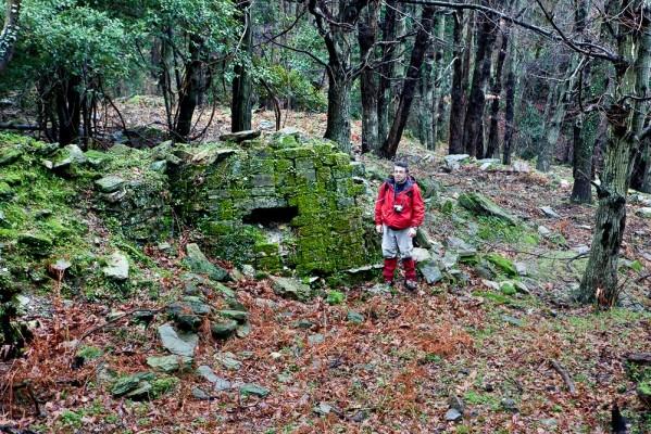 Πριν από την καταστροφή της από τους Τούρκους η Παλιά Μιτζέλα ήταν ένα ζωντανό και ακμαίο χωριό