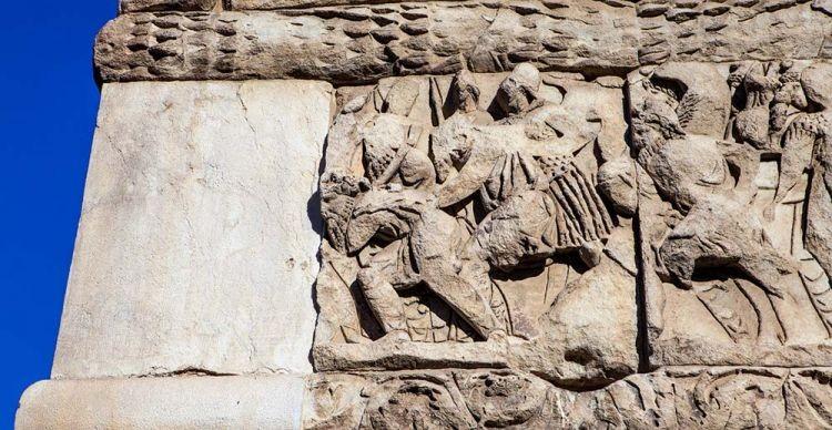 Δομικοί και Διακοσμητικοί Λίθοι των μνημείων της Θεσσαλονίκης