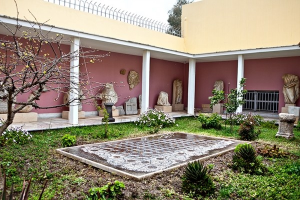 Αρχαιολογικό Μουσείο Τήνου