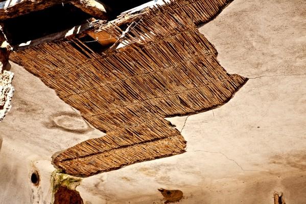 Λεπτομέρειες από την αρχιτεκτονική των πλινθόκτιστων σπιτιών στα Κορέστεια Καστοριάς