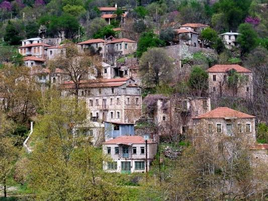 Το ιστορικό χωριό Βίνιανη