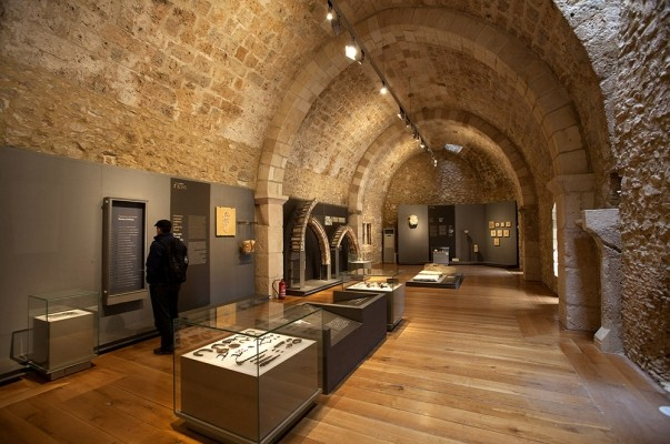 Μουσείο Φραγκοκρατίας στο κάστρο Χλεμουτσίου