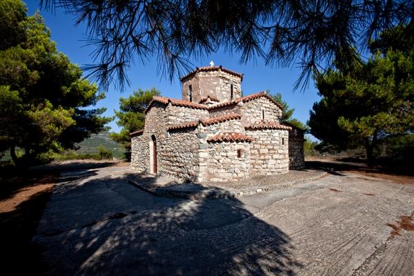 Ο βυζαντινός ναός του Αγίου Πέτρου