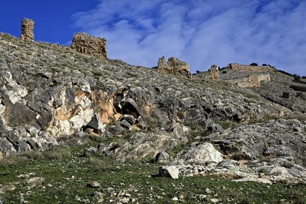 Η ισχυρή τοιχοποιία σώζεται σε πολλά σημεία του Βυζαντινού κάστρου