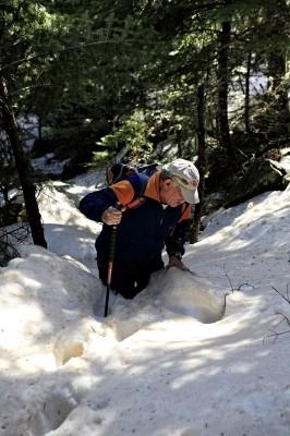 Η πορεία σε χιονισμένο τοπίο ειναι συναρπαστική.