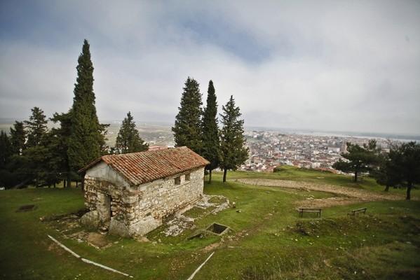 Το βυζαντινό ξωκκλήσι της Αγίας Αικατερίνης, 14ου αιώνα.