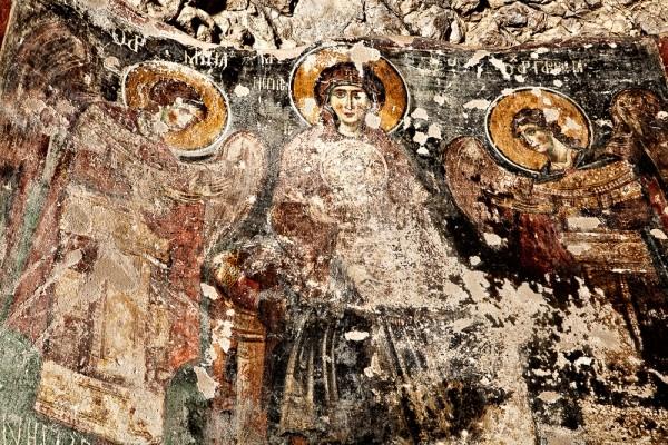 Η Πλατυτέρα από τον εσωτερικό διάκοσμο του σπηλαίου των Αγίων Θεοδώρων.