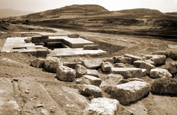 Άποψη του τάφου Α της Βασιλικής Νεκρόπολης
