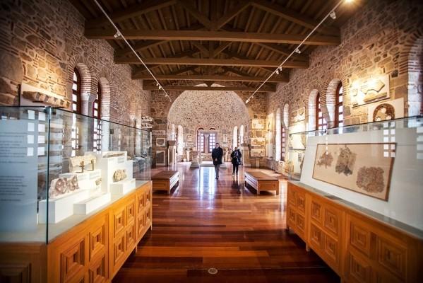 Το κτίριο της Τράπεζας στεγάζει σήμερα το Μουσείο της Μονής
