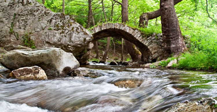 Σέρρες : Φαράγγι Πέτρινων Γεφυριών