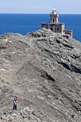 Ο Φάρος της Λειβάδας στο ακρωτήρι του Παπάργυρου.