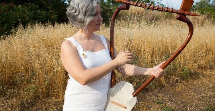 Αρχαία Ελληνικά Μουσικά Όργανα και Ορφεία Αρμονία