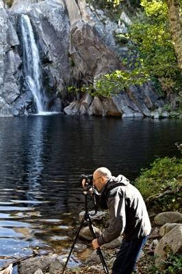 Με εύκολη πρόσβαση και πανέμορφο τοπίο ο καταρράκτης της Αγ. Βαρβάρας  αποτελεί έναν από τους πιο συναρπαστικούς προορισμούς
