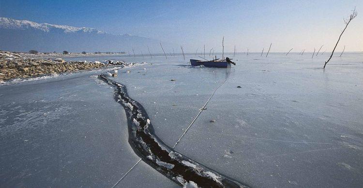 Παγωμένες Λίμνες Βορείου Ελλάδος