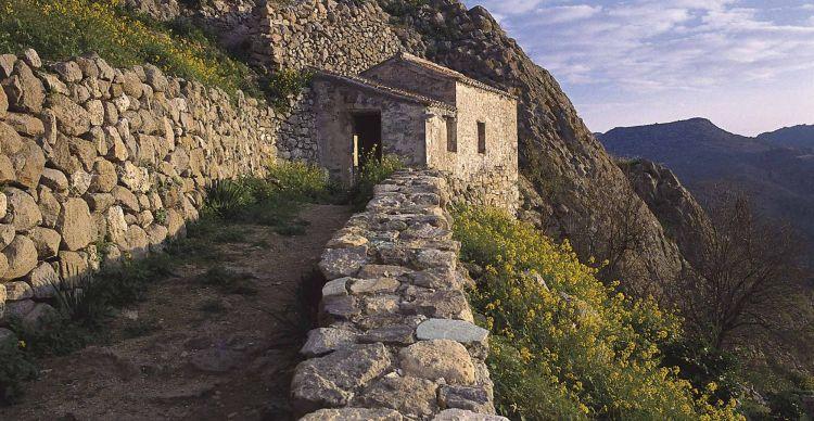 Η Μεσαιωνική ακρόπολη της Παλιαχώρας Αίγινας