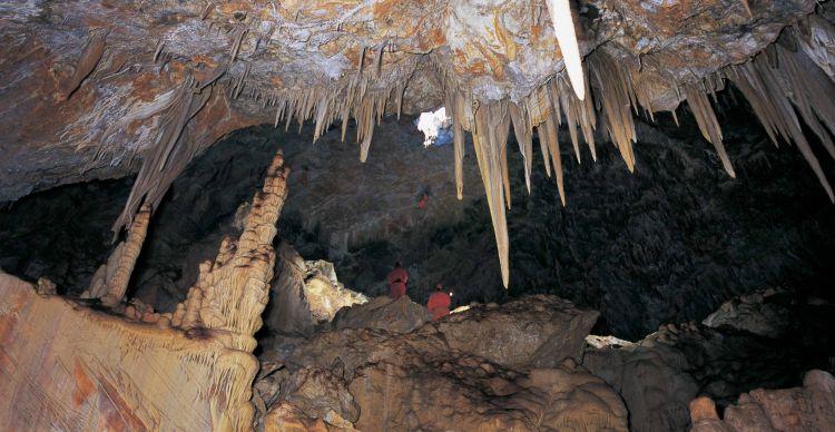 Σπηλαιοβάραθρο Ψερίμου